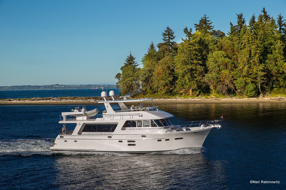 E658 Performance Trawler Article on Yachtworld - Hampton Yacht Group